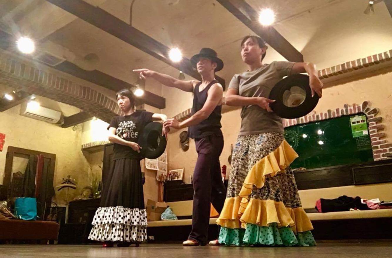 フラメンコ舞踊団クラス